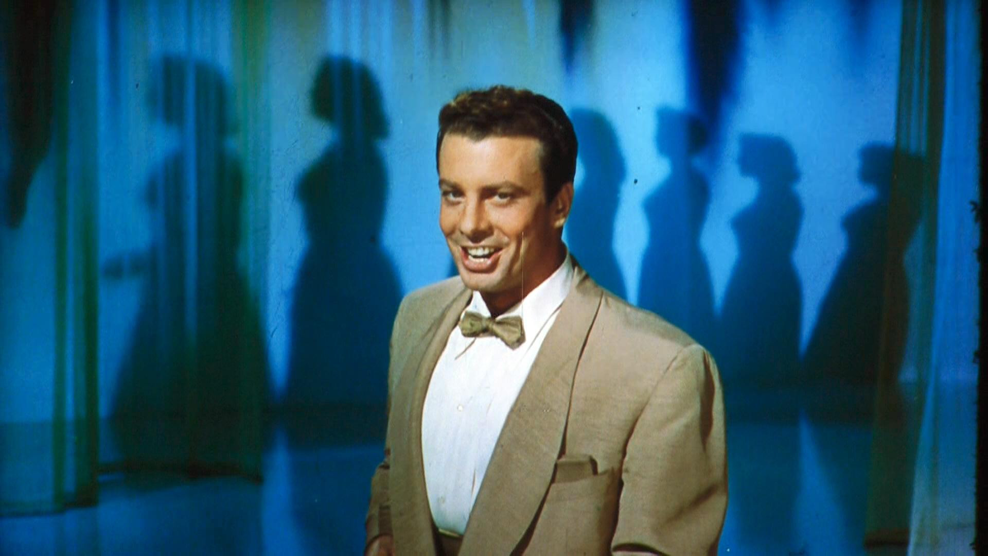 Oreste Kirkop in Bing Presents Oreste (1956)