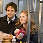 Hugh Dancy and Isla Fisher in Confessions of a Shopaholic (2009)