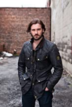 Clive Standen's primary photo