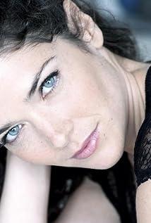 Ornella Bess Picture