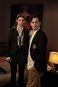 Michelle Trachtenberg and Penn Badgley in Gossip Girl (2007)