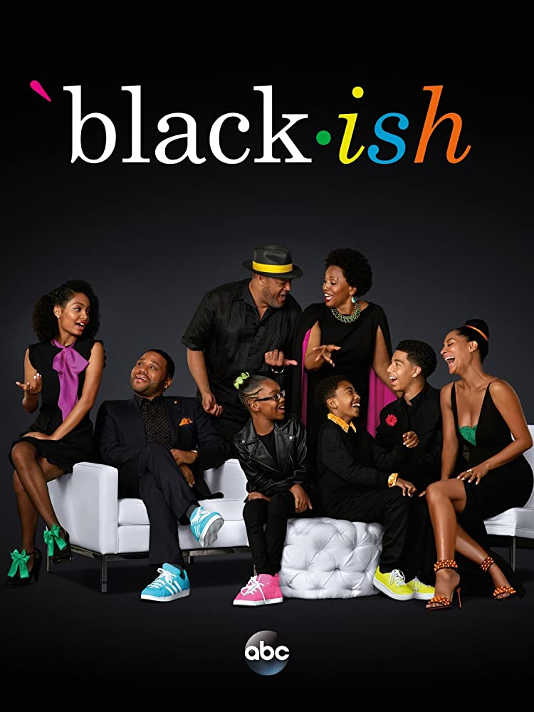 Laurence Fishburne, Anthony Anderson, Jenifer Lewis, Tracee Ellis Ross, Yara Shahidi, Marcus Scribner, Miles Brown, and Marsai Martin in Black-ish (2014)