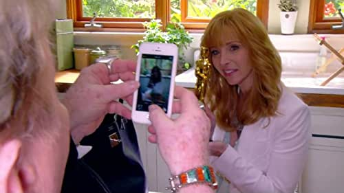 """Watch the second-season trailer for """"The Comeback"""" starring Lisa Kudrow."""