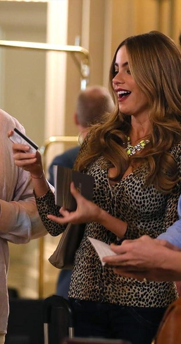 Modern Family Vegas Tv Episode 2014 Stephen Merchant As Higgins Imdb