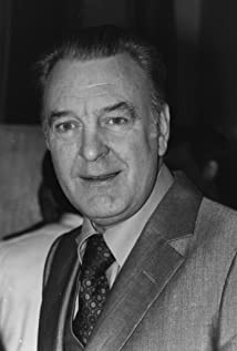 Donald Sinden Picture