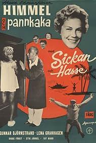 Gunnar Björnstrand, Sickan Carlsson, Hasse Ekman, and Lena Granhagen in Himmel och pannkaka (1959)