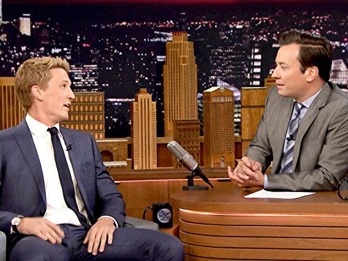 Jimmy Fallon and Miles Teller in The Tonight Show Starring Jimmy Fallon (2014)