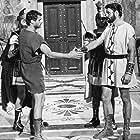 Don Burnett and Guy Williams in Il tiranno di Siracusa (1962)