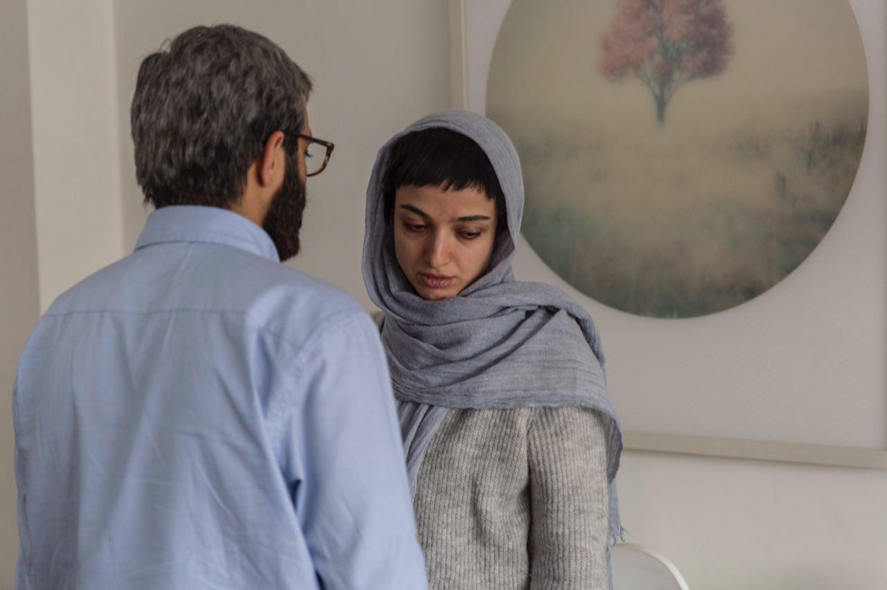 Saber Abar, Neda Jebraeili, and Aliyar Rasti in In Between (2018)
