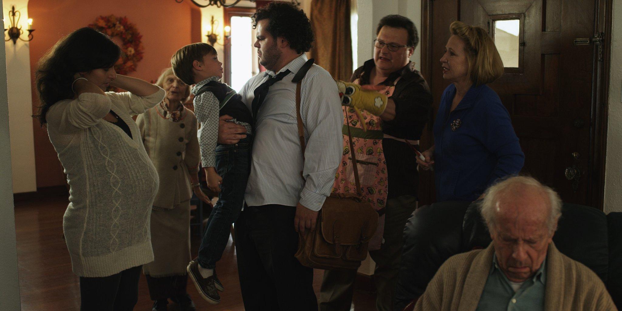 Wayne Knight, Ellen Albertini Dow, Curt Lowens, Debra Jo Rupp, Josh Gad, and Ida Darvish in She Wants Me (2012)