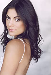 Ursula Taherian Picture