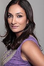 Meera Simhan's primary photo