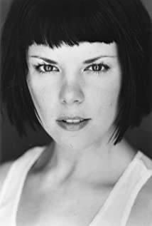 Sarah-Jane Potts Picture