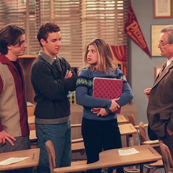 Danielle Fishel, Ben Savage, William Daniels, and Rider Strong in Boy Meets World (1993)