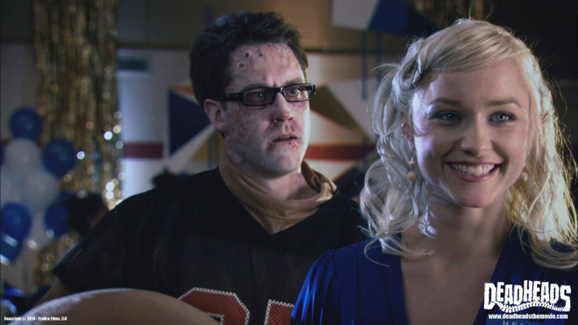 Michael McKiddy and Natalie Victoria in Deadheads (2011)