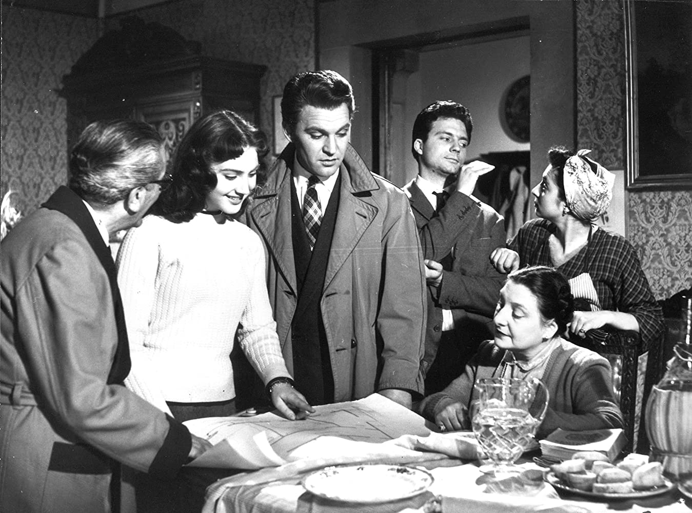Paola Borboni, Franco Fabrizi, Franco Interlenghi, and Leonora Ruffo in I vitelloni (1953)