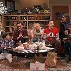Mayim Bialik, Kaley Cuoco, Johnny Galecki, Simon Helberg, Jim Parsons, Melissa Rauch, and Kunal Nayyar in The Big Bang Theory (2007)