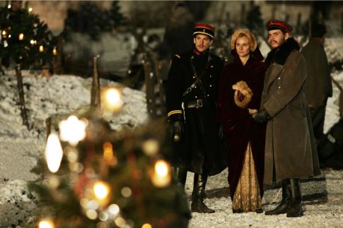 Daniel Brühl, Guillaume Canet, and Diane Kruger in Joyeux Noël (2005)