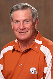 Mack Brown Picture
