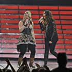Alanis Morissette and Crystal Bowersox in American Idol: The Search for a Superstar (2002)