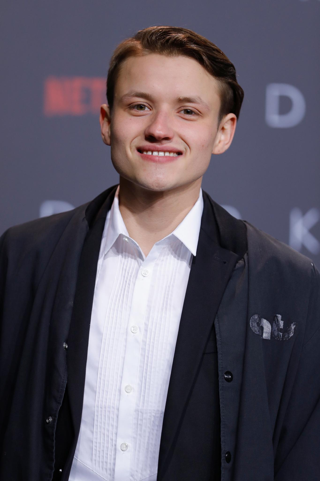 Paul Lux - IMDb