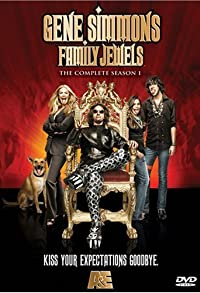 Primary photo for Gene Simmons: Family Jewels