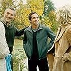 Robert De Niro, Blythe Danner, Teri Polo, and Ben Stiller in Meet the Parents (2000)