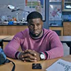 Kevin Hart and Anne Winters in Night School (2018)
