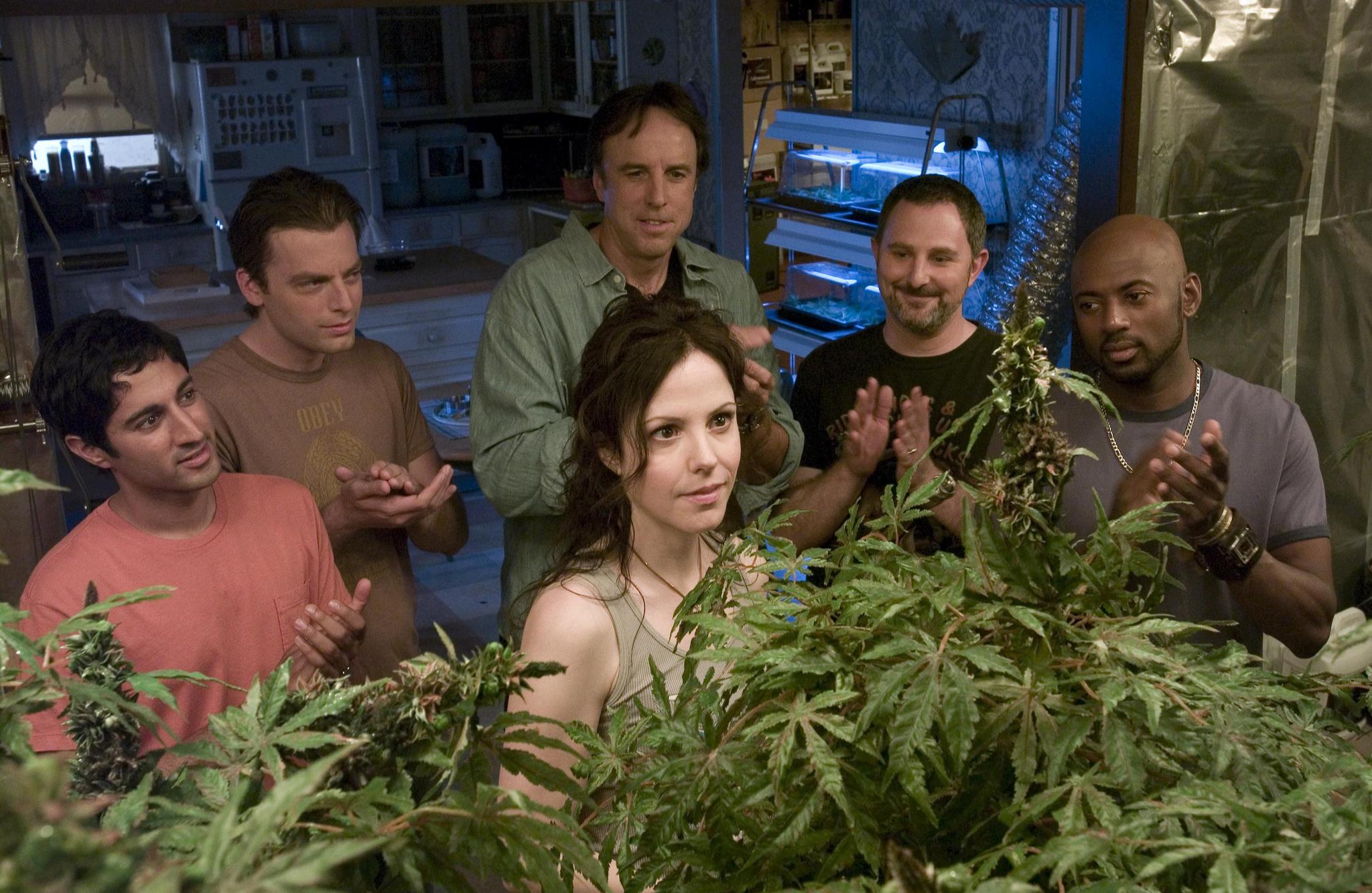 Фильм про девушку которая продает марихуану воздействие организм марихуаны
