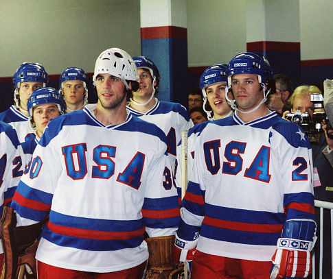 Eddie Cahill, Nathan West, Michael Mantenuto, and Patrick O'Brien Demsey in Miracle (2004)