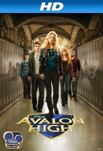 Molly C. Quinn, Britt Robertson, Chris Tavarez, Gregg Sulkin, and Joey Pollari in Avalon High (2010)