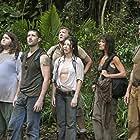 Mira Furlan, Matthew Fox, Jorge Garcia, Terry O'Quinn, and Evangeline Lilly in Lost (2004)