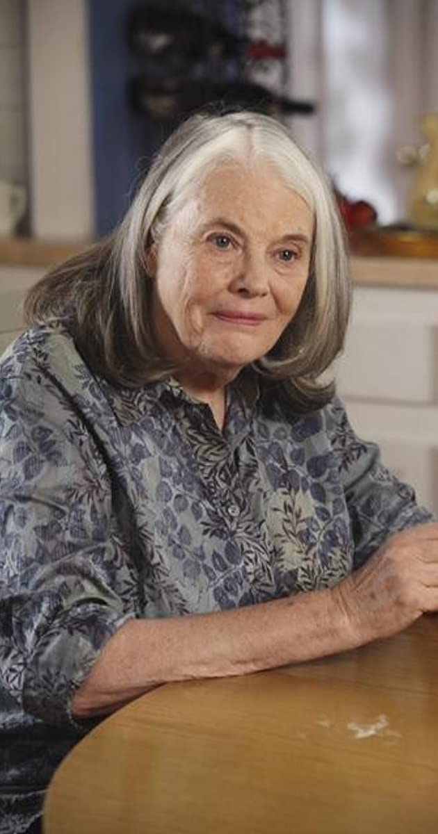 lois smith net worth