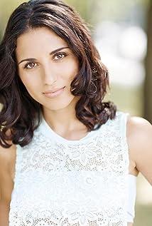 Michaela Di Cesare Picture