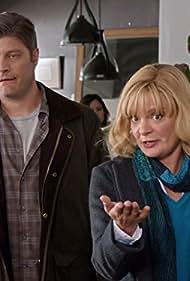 Martha Plimpton and Jay R. Ferguson in The Real O'Neals (2016)