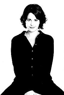 Nicole Leroux Picture