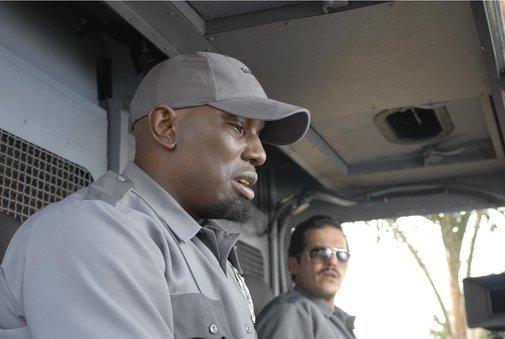 John Leguizamo and Tyrese Gibson in The Take (2007)