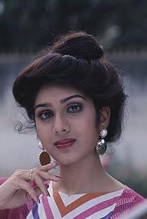 Meenakshi Sheshadri Picture