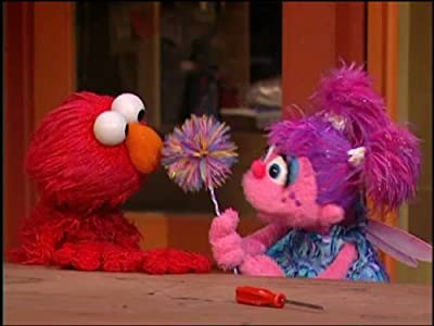 Direct link to download latest movies Chris Helps Elmo Write a Letter by [720pixels]
