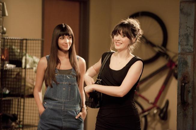 Zooey Deschanel and Hannah Simone in New Girl (2011)