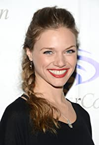 Primary photo for Tracy Spiridakos