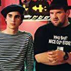 Ethan Suplee and Max Minghella in Art School Confidential (2006)