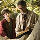 David Strathairn and Freddie Highmore in The Spiderwick Chronicles (2008)