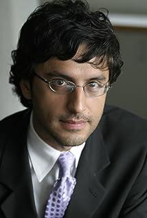 Reza Aslan Picture