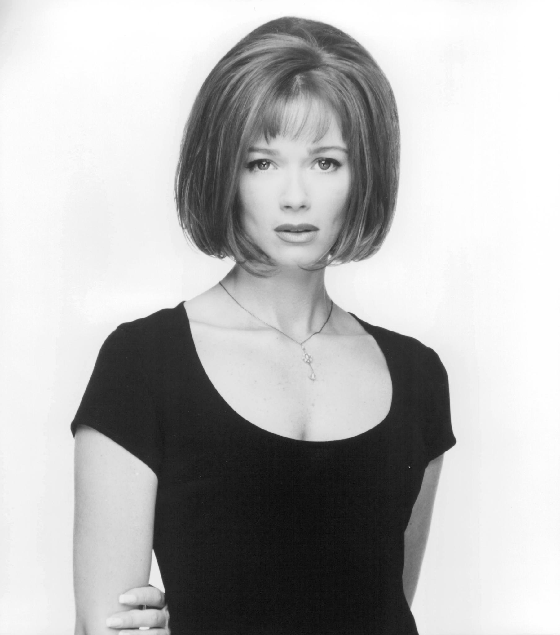 Lauren Holly in Dumb and Dumber (1994)