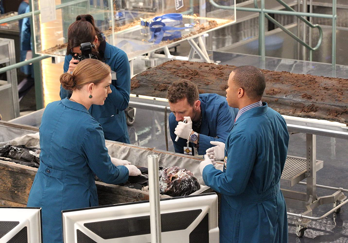 Eugene Byrd, Michaela Conlin, Emily Deschanel, and T.J. Thyne in Bones (2005)