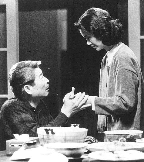 Sihung Lung and Chien-Lien Wu in Yin shi nan nu (1994)