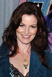 Laura Leighton Picture