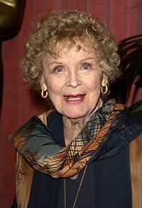 Primary photo for Gloria Stuart