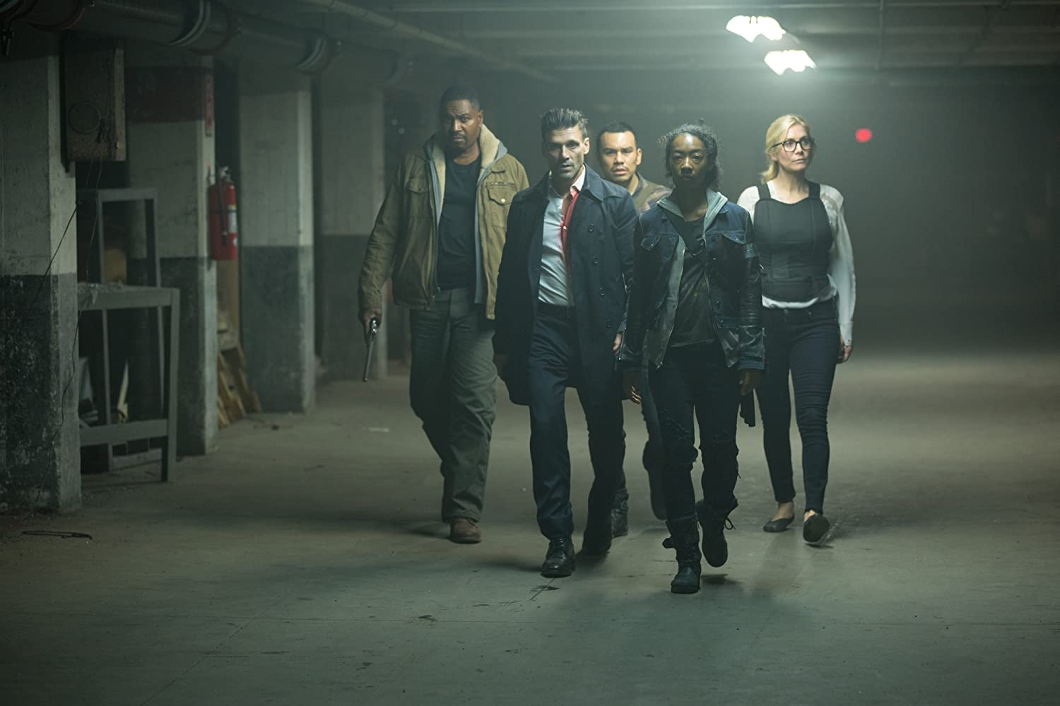 Frank Grillo, Edwin Hodge, Elizabeth Mitchell, Mykelti Williamson, Joseph Julian Soria, and Betty Gabriel in The Purge: Election Year (2016)